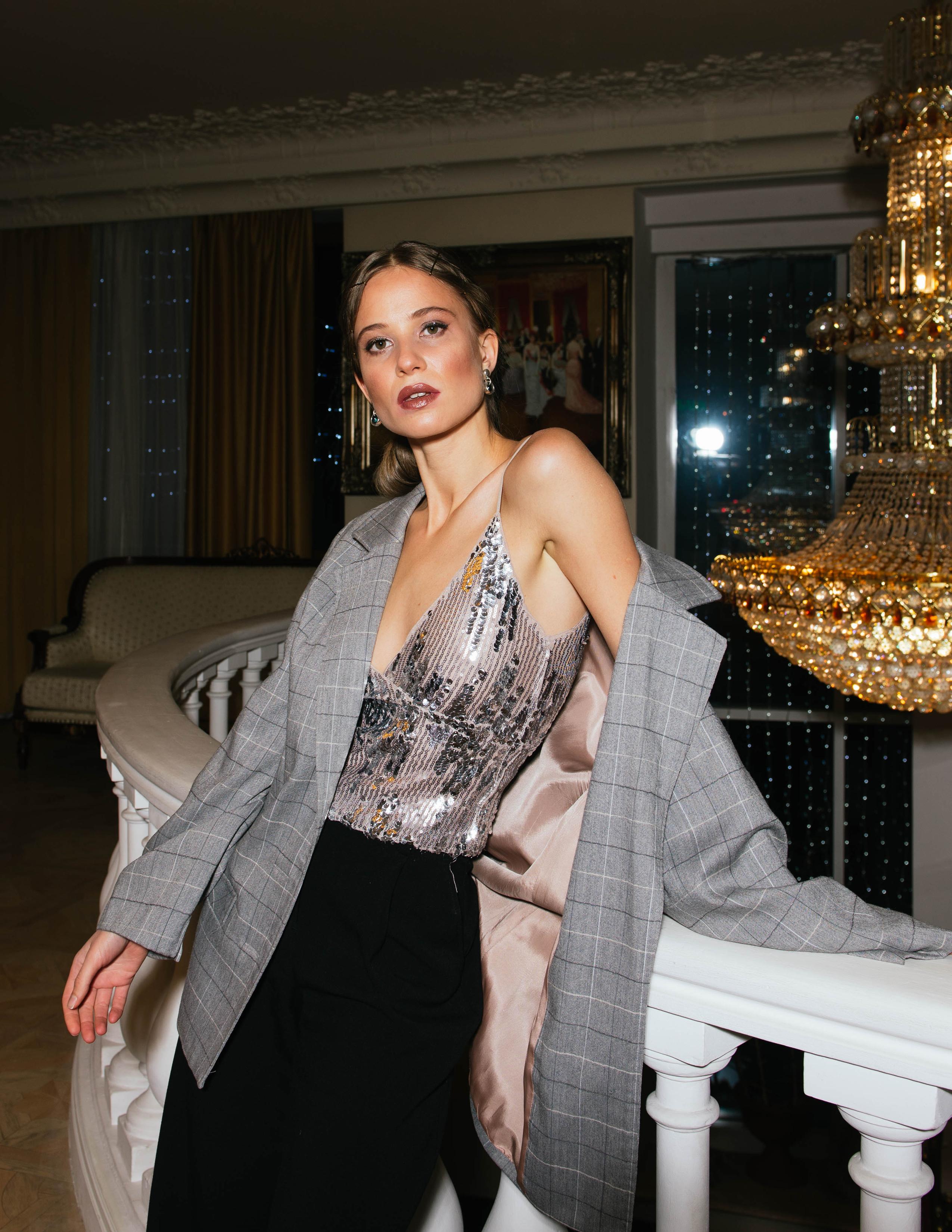 Modic Fashion Editorial - Before The Night by Elizaveta Khlebnikova
