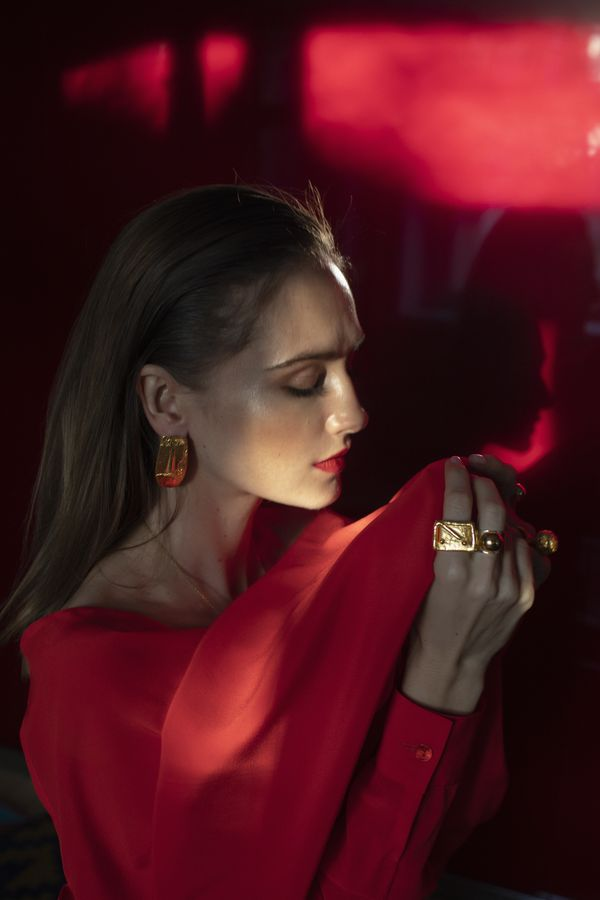 Modic Fashion Editorial - Statements by Vlasikhina Inna
