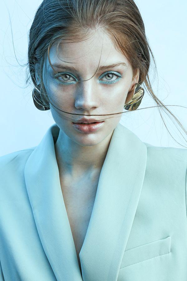 Modic Fashion Editorial - Tales From the Sea by Alejandro Ramirez