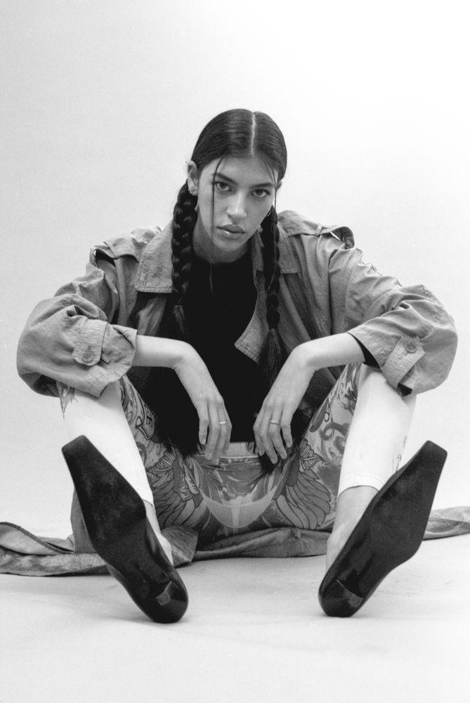 Modic Fashion Editorial - Blue Nostalgia