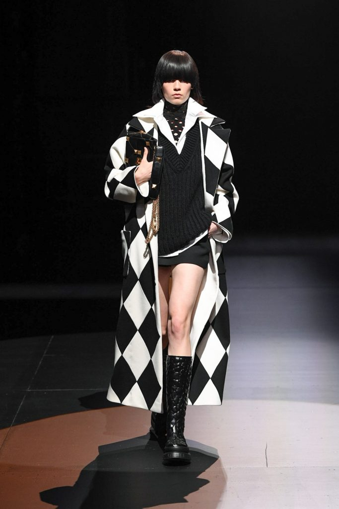 http://www.modicmag.com/2021/01/29/modicreview-haute-couture-week-ss2021/